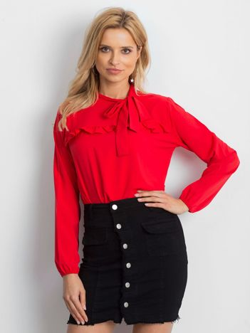 Czerwona elegancka bluzka z wiązaniem