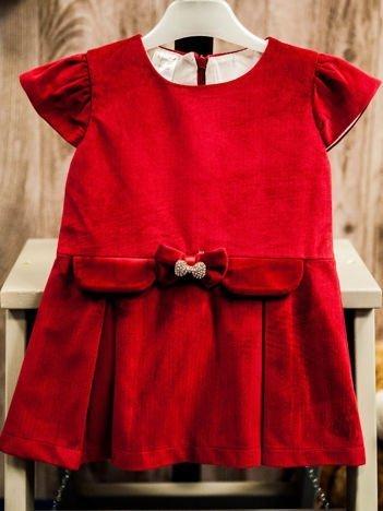 Czerwona elegancka sukienka dziewczęca z kokardką z cyrkonii