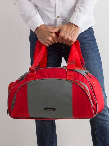 Czerwona męska torba