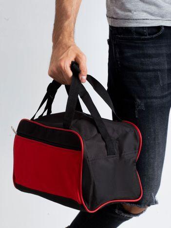 Czerwona męska torba na ramię