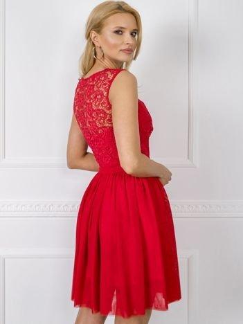 Czerwona sukienka Leah