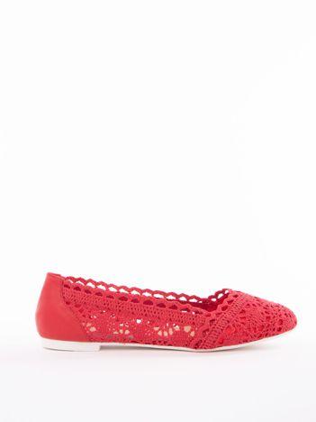 Czerwone ażurowe baleriny Coura