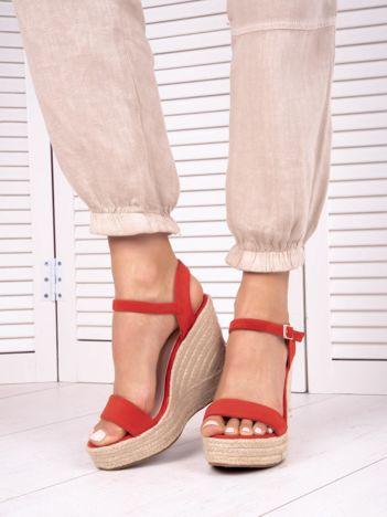 Czerwone sandały BELLO STAR na koturnach