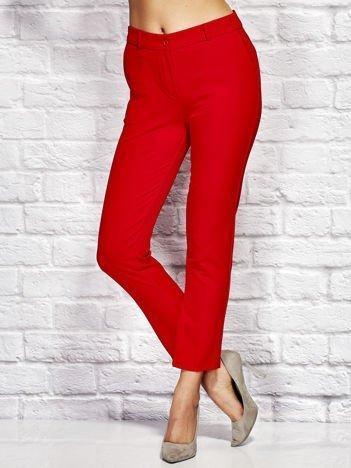 Czerwone spodnie cygaretki