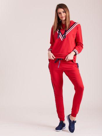 Czerwony damski dresowy komplet