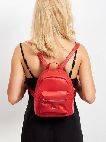 Czerwony damski plecak