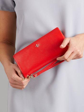 Czerwony miękki podłużny portfel damski