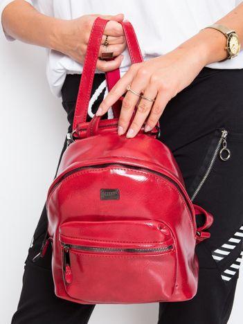 Czerwony plecak z ekoskóry