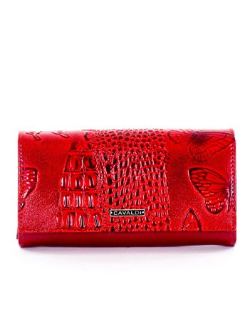 Czerwony portfel w tłoczone zwierzęce wzory