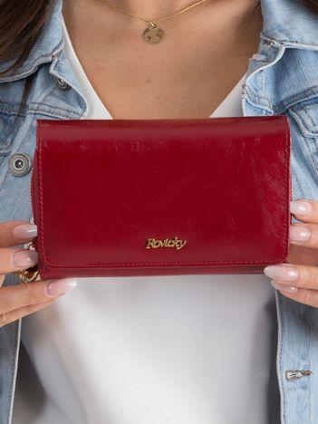 Czerwony skórzany portfel dla kobiety