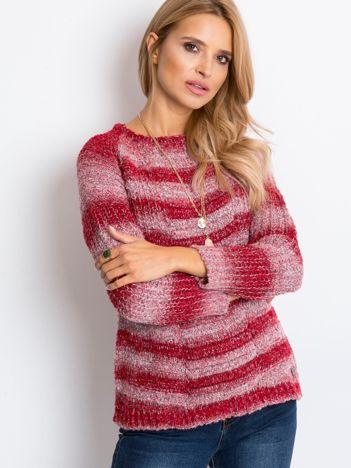 Czerwony sweter Here