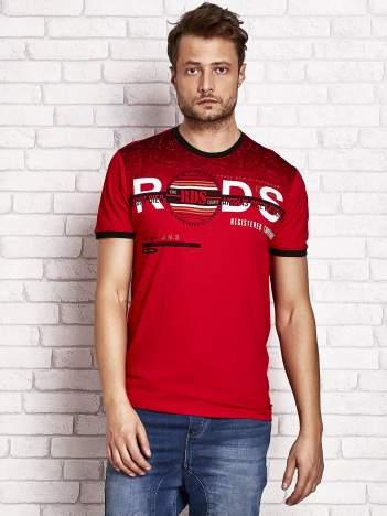 Czerwony t-shirt męski z napisami