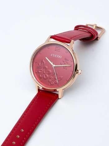 Czerwony zegarek damski z kwiatami na tarczy