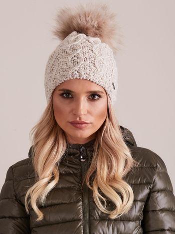 Damska czapka na zimę beżowa
