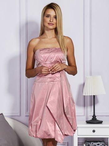 Drapowana sukienka z metalicznym połyskiem różowa