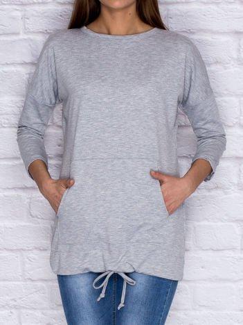 Dresowa bluza z dużą kieszenią i troczkami szara