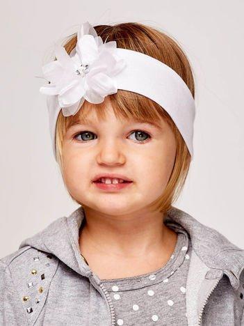 Dziewczęca opaska do włosów z tiulowym kwiatem biała
