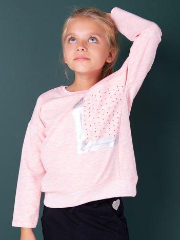 Dziewczęca różowa bluza z kieszenią i dżetami