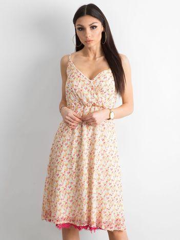 Ecru sukienka w kwiaty