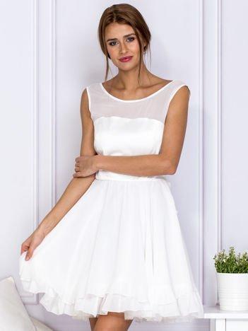 Ecru sukienka z kokardą