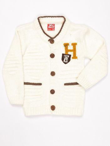 Ecru sweter dla chłopca zapinany na guziki