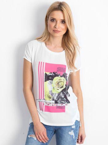 2e29f0a479146d T-shirty z aplikacjami: hafty, cekiny, koronki i inne w eButik.pl