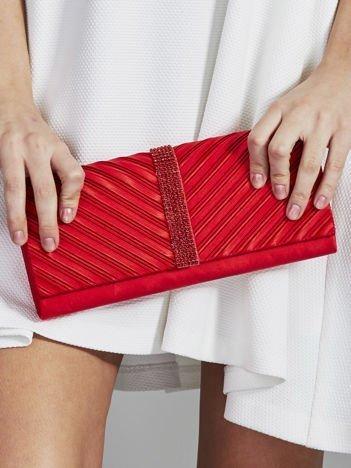 Elegancka kopertówka z ozdobną listwą z dżetów czerwona