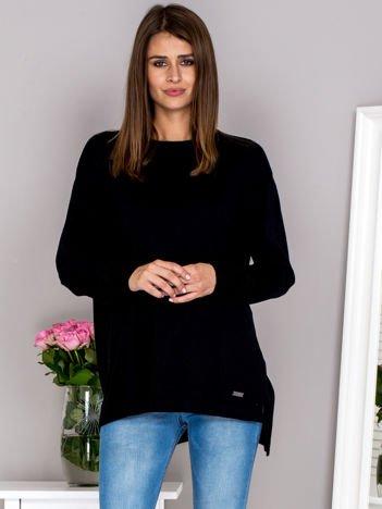 G by BACZYŃSKA Czarny sweter V-neck z wiązaniem na karku