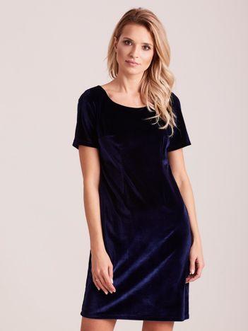 Granatowa aksamitna sukienka