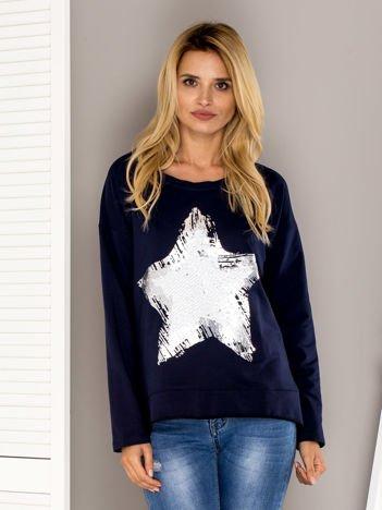 Granatowa bluza z cekinową gwiazdą