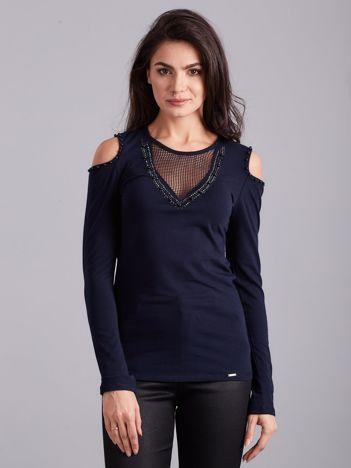 Granatowa bluzka cold shoulder z aplikacją