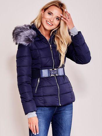Granatowa kurtka zimowa damska z paskiem