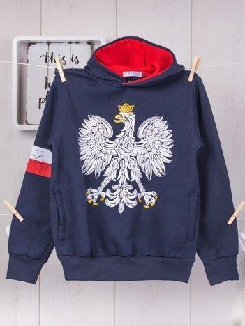 Granatowa ocieplana bluza chłopięca z patriotycznym nadrukiem