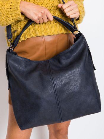 Granatowa torba z odpinanym paskiem