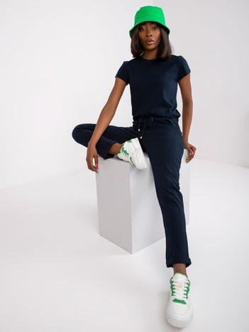Granatowe spodnie Approachable