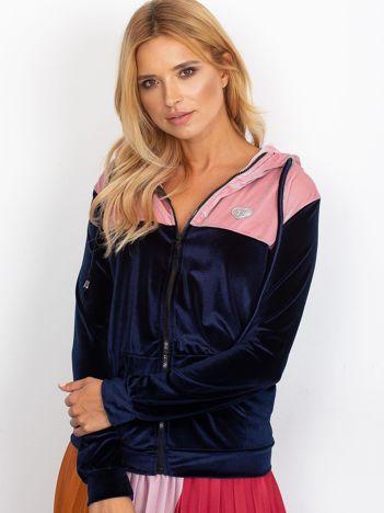 Granatowo-różowa bluza welurowa