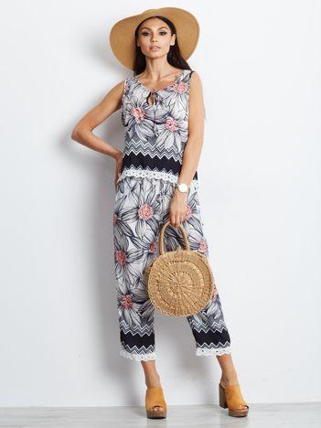 Granatowo-różowy wzorzysty komplet top i spodnie