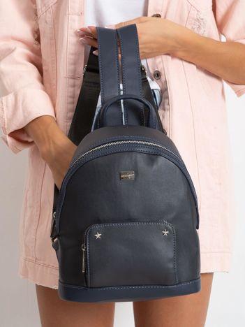 Granatowy damski plecak z ekoskóry