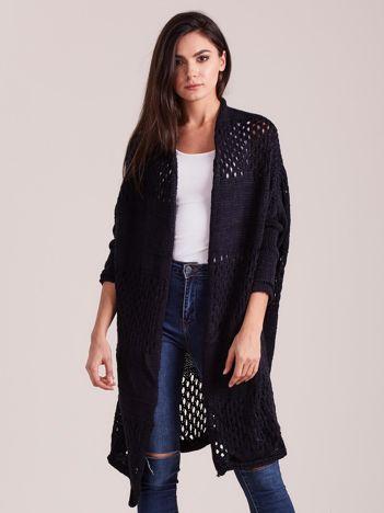 Granatowy długi ażurowy sweter