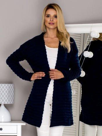 Granatowy sweter bez zapięcia