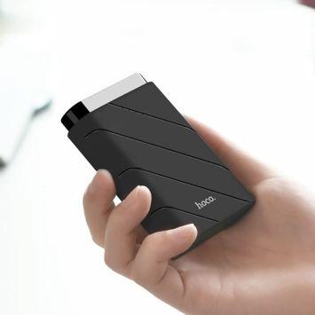 HOCO J15 Powerbank o mocy 10000 mAh .Wyjście Micro USB  z wyświetlaczem LED.Kolor czarny.