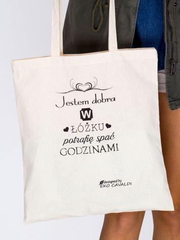 Jasnobeżowa bawełniana torba z napisem JESTEM DOBRA W ŁÓŻKU