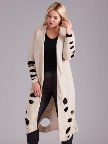 Jasnobeżowy długi sweter z dziurami PLUS SIZE