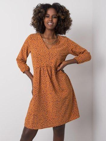 Jasnobrązowa sukienka we wzory Bruna RUE PARIS