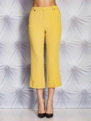 Jasnobrązowe spodnie z guzikami