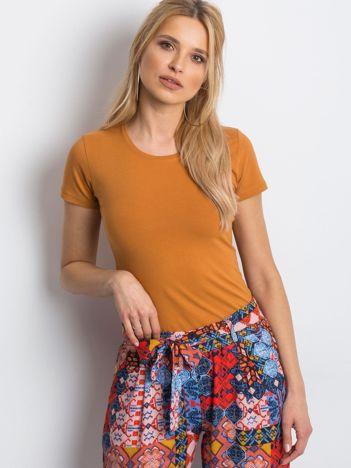 Jasnobrązowy damski t-shirt basic