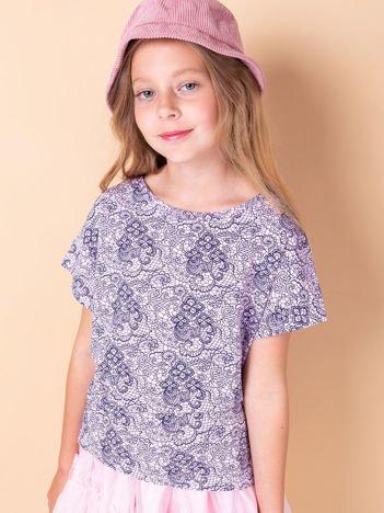 Jasnofioletowy t-shirt dla dziewczynki z kwiatowym nadrukiem