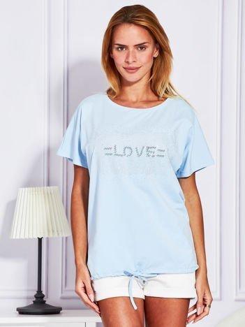 Jasnoniebieska bluzka z błyszczącym napisem LOVE