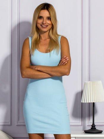 Jasnoniebieska prążkowana sukienka