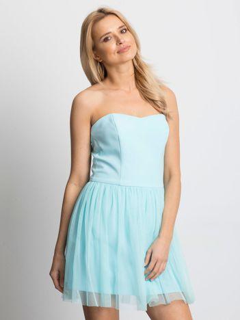 Jasnoniebieska sukienka bez ramiączek z tiulem